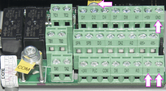 Frequenzumrichter ST500 Anschluss eines Temperatursensors ST500